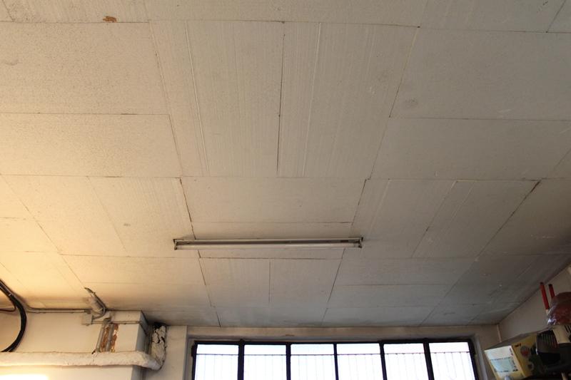 Peque as soluciones para el ahorro energ tico de su - Aislamiento termico techos ...